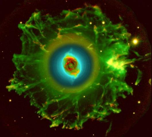 http://1.bp.blogspot.com/_FOIrYyQawGI/TMjP4pnkZTI/AAAAAAAADCg/vthc5G7sNo4/s1600/Cat%27s+Eye+Nebula.jpg