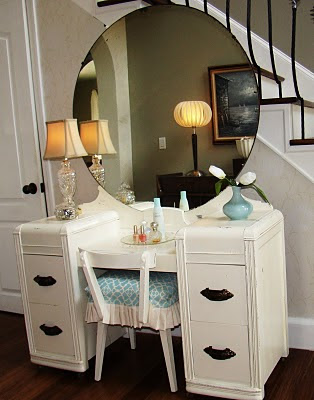Domestic jenny progress dressing room for Antique vanity with round mirror