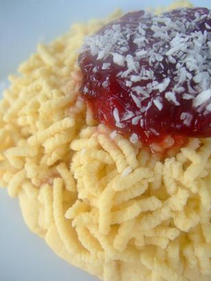 soslu parmesan peynirli spagetti kurabiye