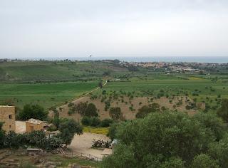 Bild 8: Äskulaptempel mit Zufahrt von Norden