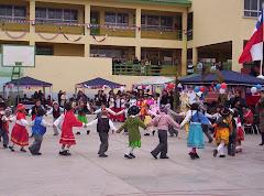 Baile de alumnos de Kinder