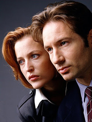 Álbum 'Love?' [II] - Página 3 David-duchovny-gillian-anderson-the-x-files