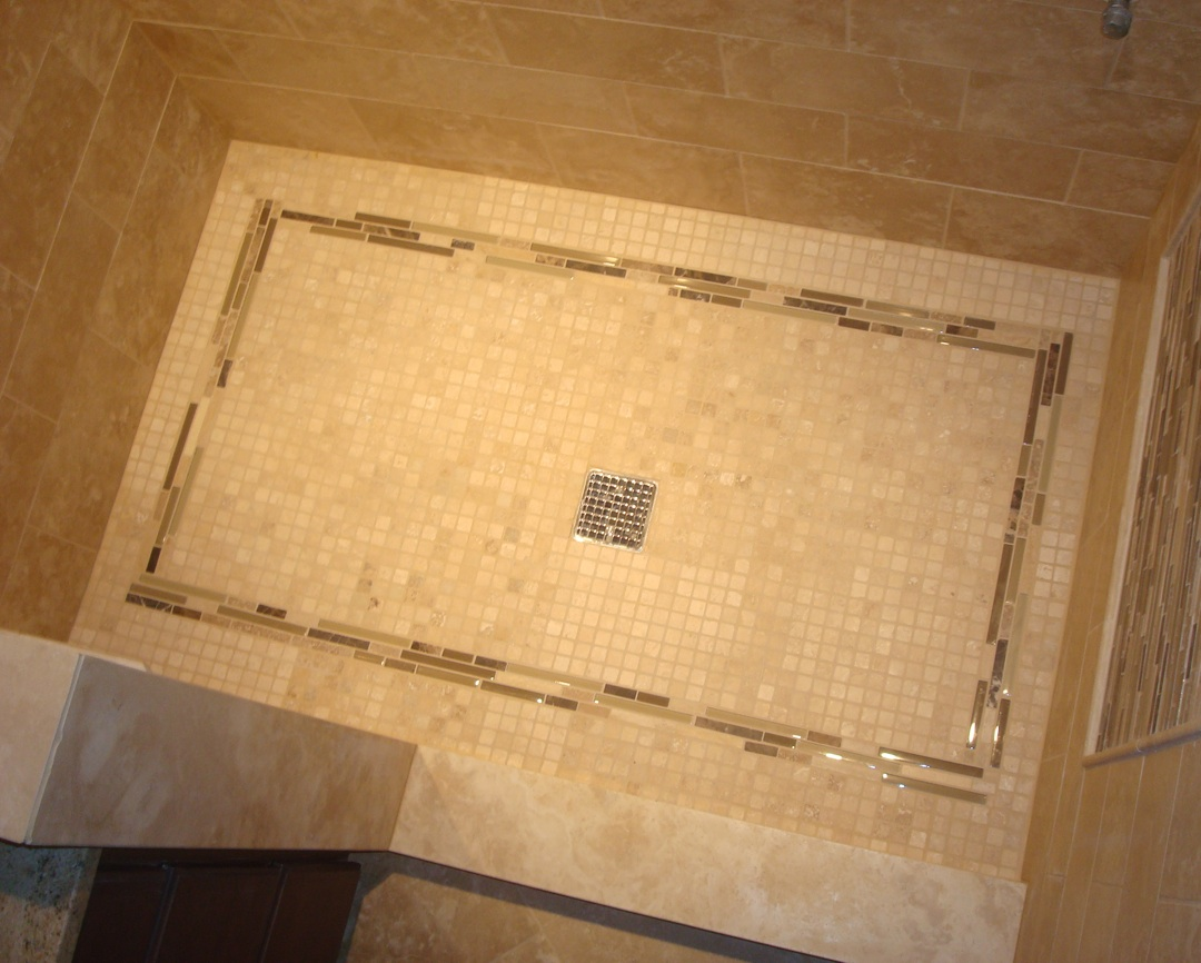 Charming STRAIGHT EDGE TILE: Travertine Shower U0026 Back Splash With Glass Feature Band