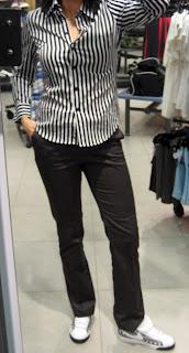 Foot Locker Employee Uniform