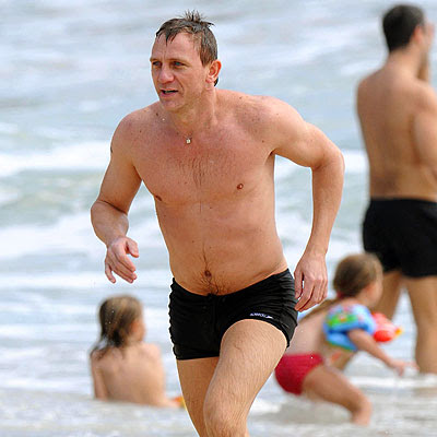 PLEASE STAY TUNED FOR MORE DANIEL CRAIG POSTS, INCLUDING NUDE PHOTOS OF THIS ...