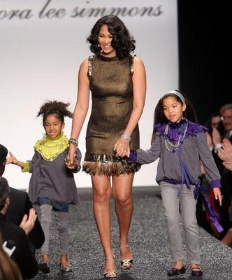 No more Baby Phat Fashion, Kimora Lee Quits