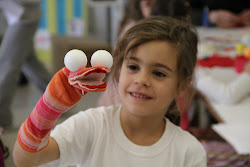 Sienna et sa marionnette