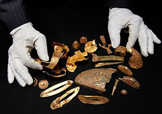 Kopi Talk - Amateur treasure hunter Terry Herbert discovered a massive ...