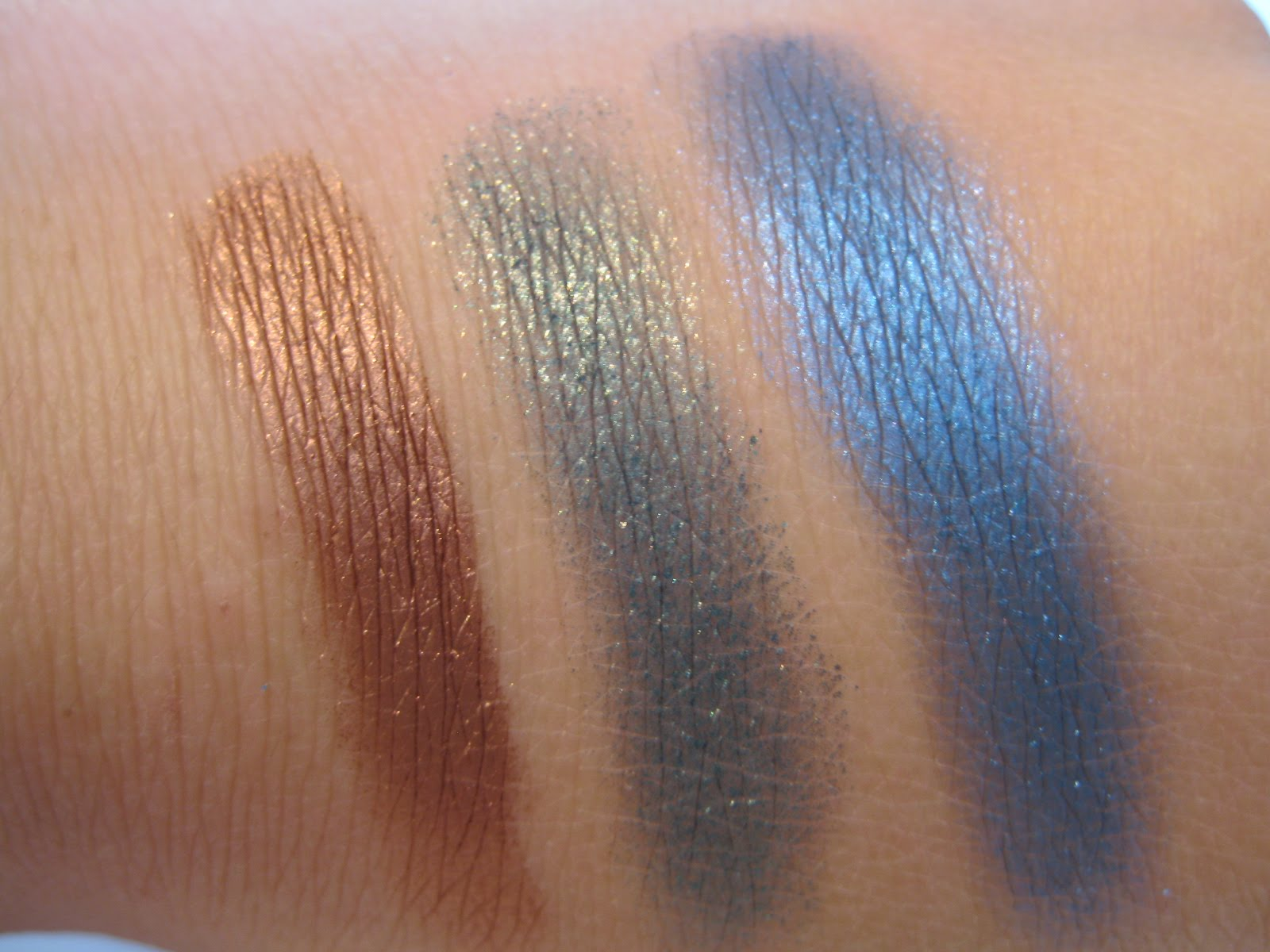 Kalifornia Love: L'Oreal HIP Shocking Shadow Pigments in Striving ...