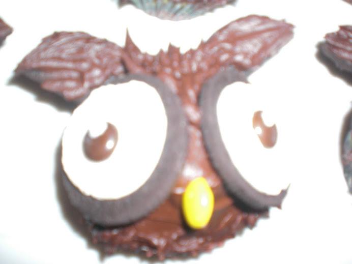 GF Owl Cupcakes