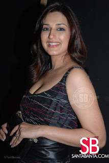 sonali bendre hot pics and video