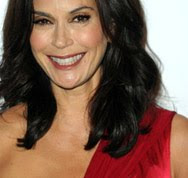In or Out: Teri Hatcher in Christiane King