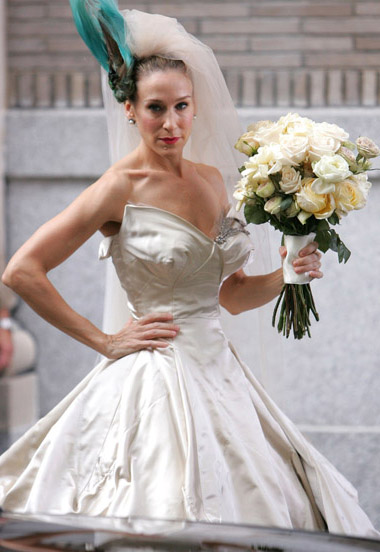 Hollywood Star News: Carrie Bradshaw\'s Wedding Dress Sells Out