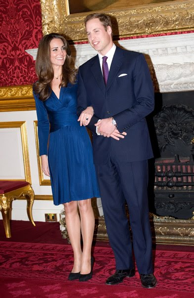 hrh prince william of wales kate middleton engagement outfit. prince williams kate prince