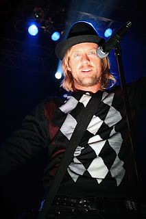 You Sing I Write Qa With Switchfoots Jon Foreman