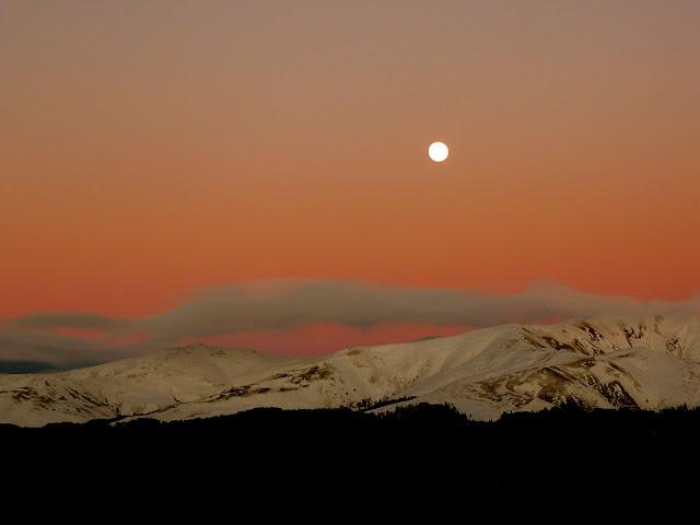 Rasarit (...) de lună