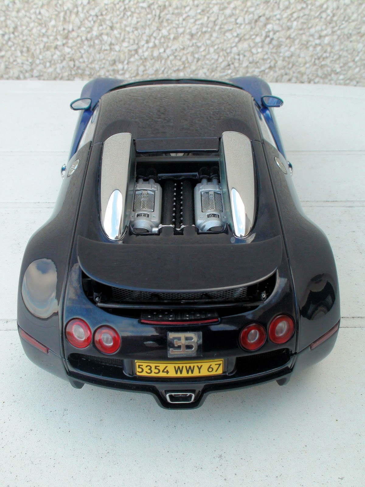 pseudo cars bugatti eb 16 4 veyron production car 2006. Black Bedroom Furniture Sets. Home Design Ideas