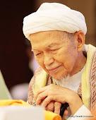 Tuan Guru Nik Abdul Aziz Nik Mat