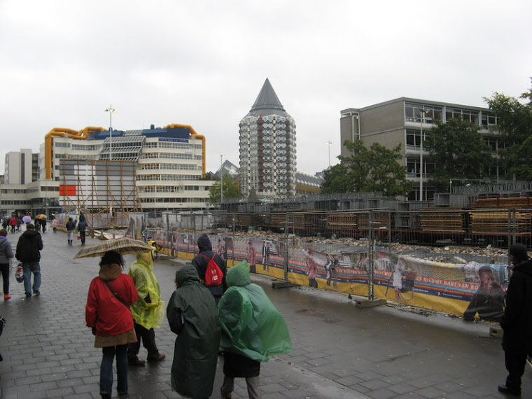 La lluvia arruinó la visita a Rotterdam