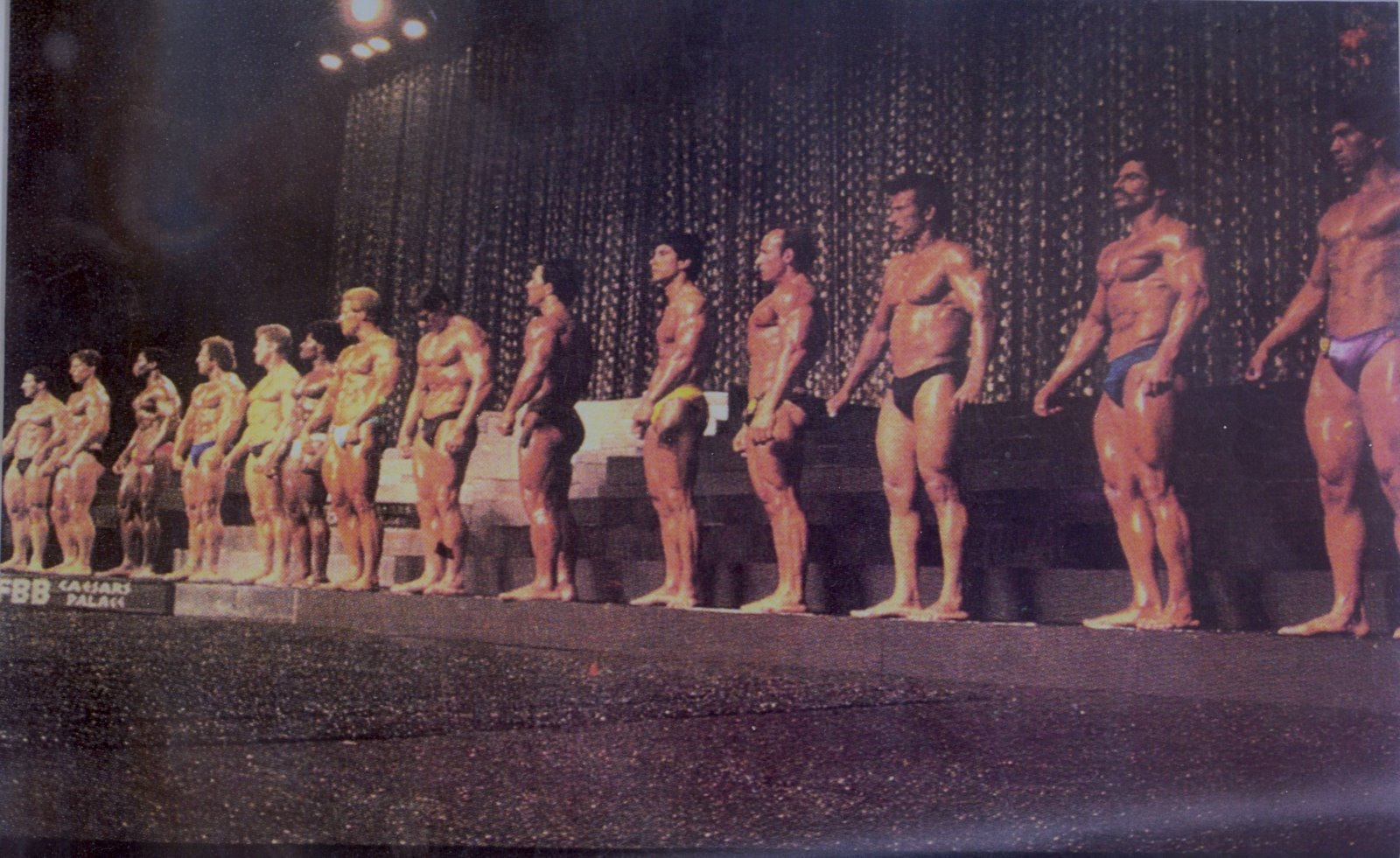 [Photo+from+a+Mexican+Magazine+-+JMK+1984+Cesar's+Palace+Mr.+Universe+IFBB]