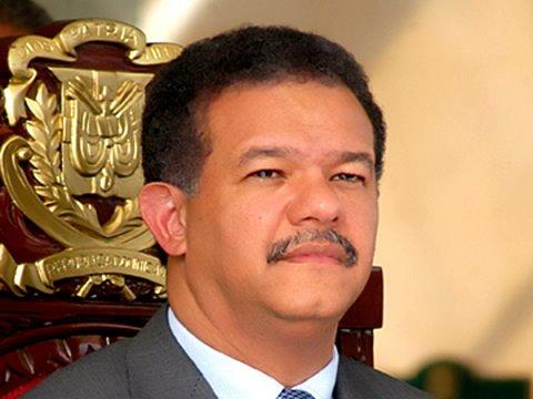 Presidente LF instruye a funcionarios socorrer a los afectados por tornado