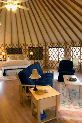 Inside Credulity: I think I want a Yurt.