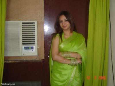 Pakistani girls mobile number desi clips mandira bedi in mobilink office - Thai airways dubai office ...