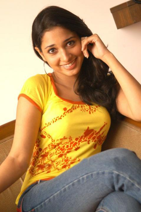 tamanna bhatia desinows blog