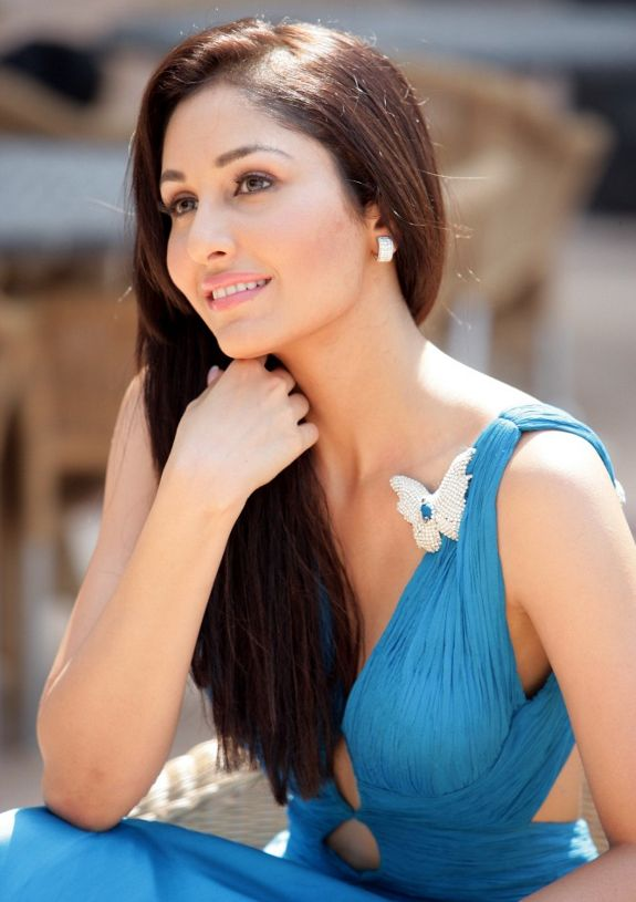 pooja+chopra2 Hair Extension Inspiration from Indian Models
