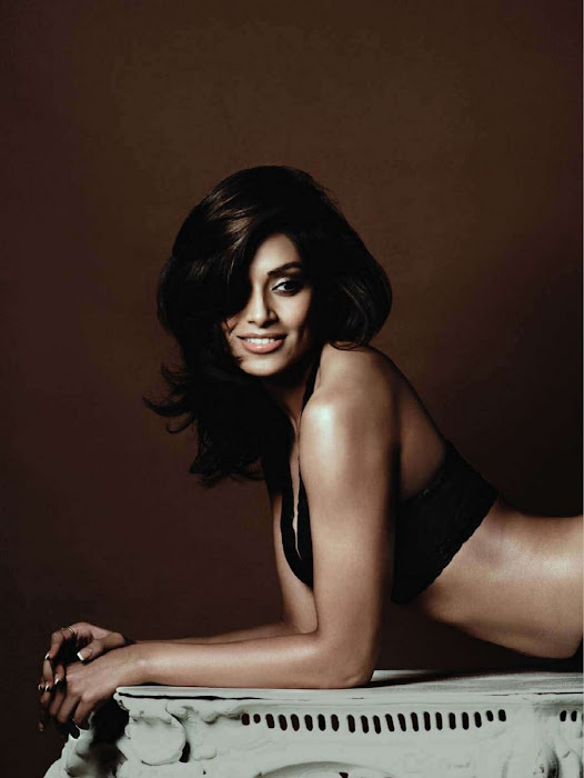 bipasha basu for maxim india glamour  images