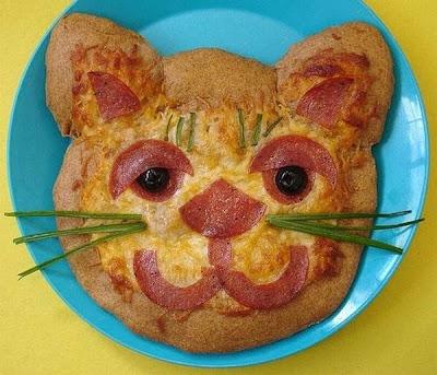 Pizza Art Seen On www.coolpicturegallery.us