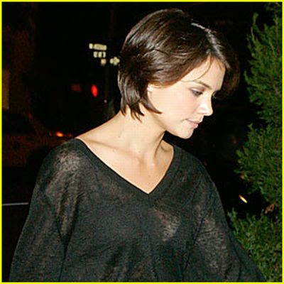 Katie Holmes Actress on Katie Holmes Became Engaged To Actor Chris Klein In December 2003  But