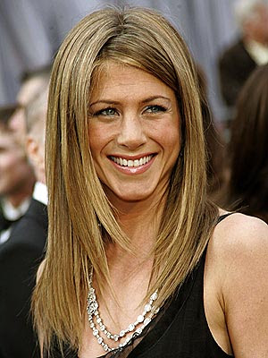 jennifer aniston bangs 2010. Jennifer Aniston#39;s much-copied