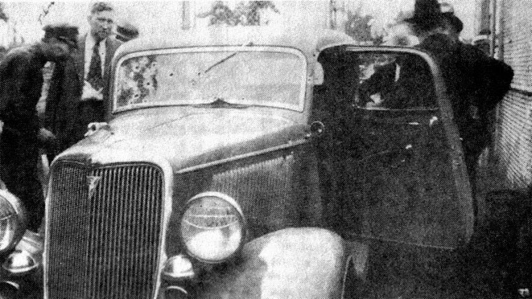 Bonnie & Clyde's death car. 1934 Ford sedan