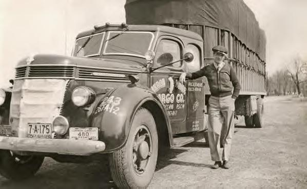 Old time truck pictures for Motor cargo freight company