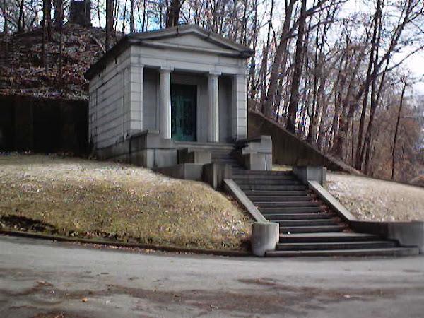 Robinson Family Mausoleum