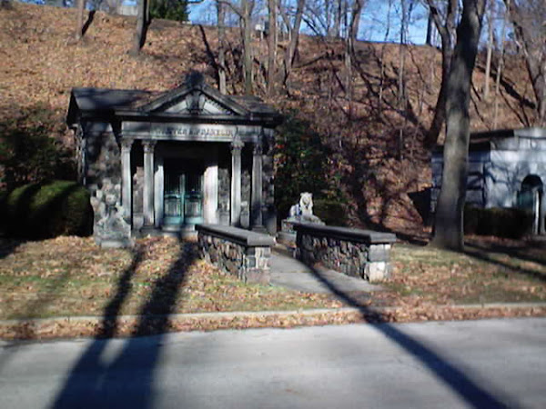 Walter Franklin Mausoleum