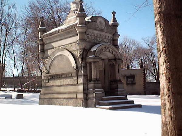 Alfred & Sarah Barber Mausoleum