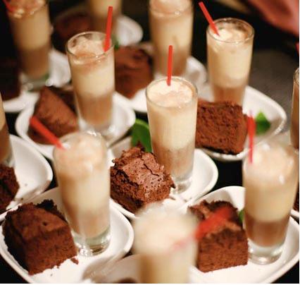 Mini Dress on Shows How Simple Can Look Incredible  Mini Milkshake  Piece Of Brownie