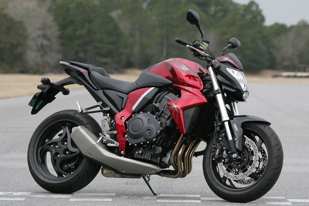 2011 Honda CB 1000 R: pics, specs and information