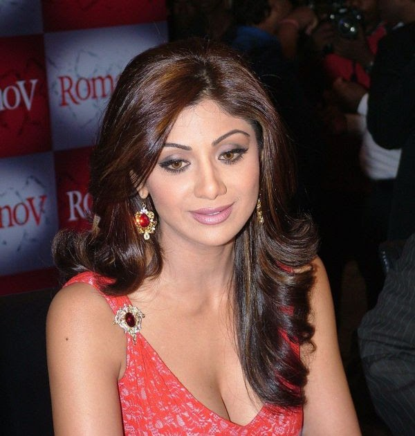 devi tattoo shilpa shetty pictures. Black Bedroom Furniture Sets. Home Design Ideas
