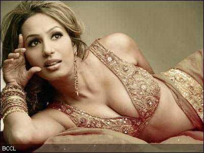 Sexiest Cleavage of bollywood Actresses picture