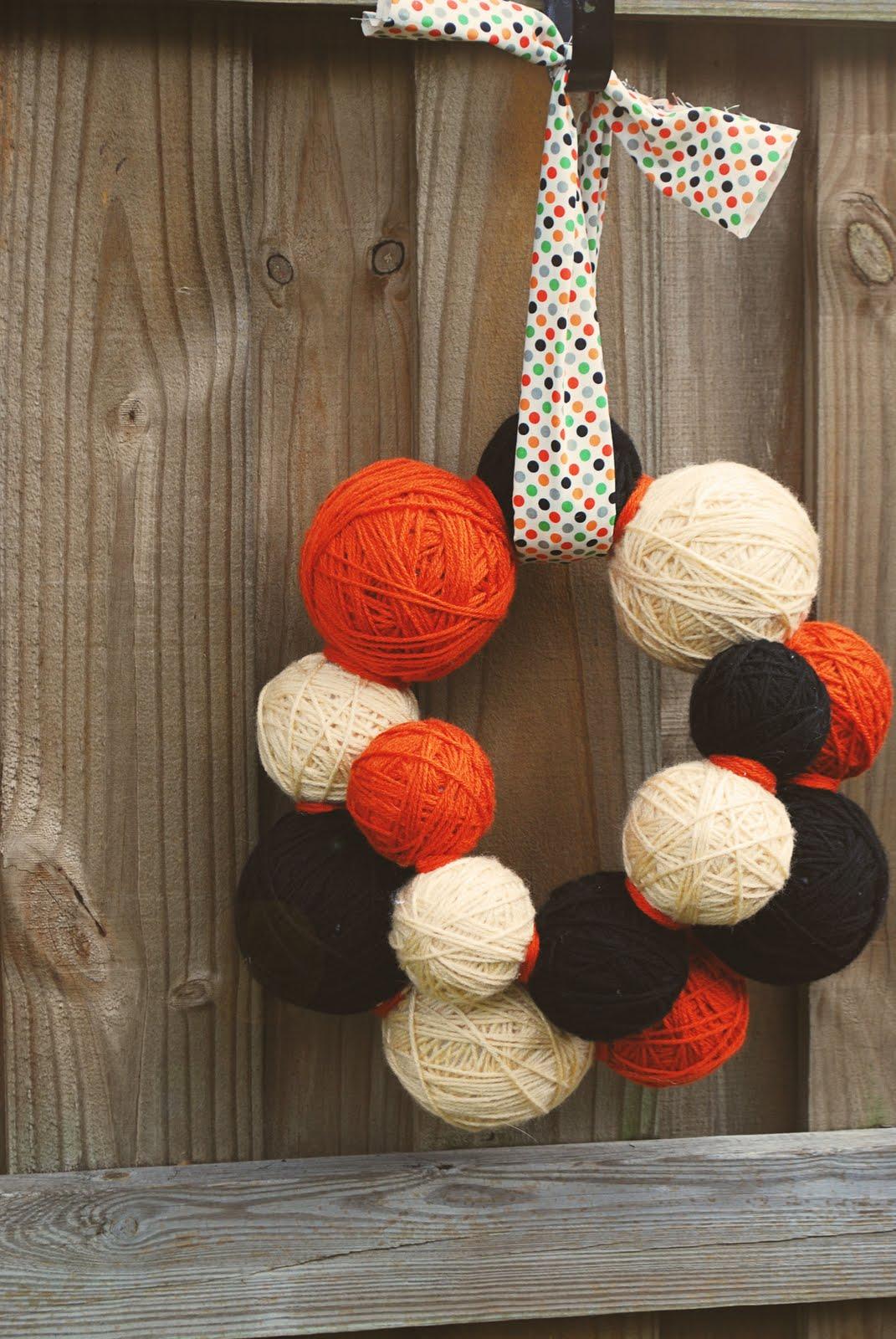 Handmade Halloween wreaths  CRAFT ~ 174512_Halloween Door Wreath Ideas