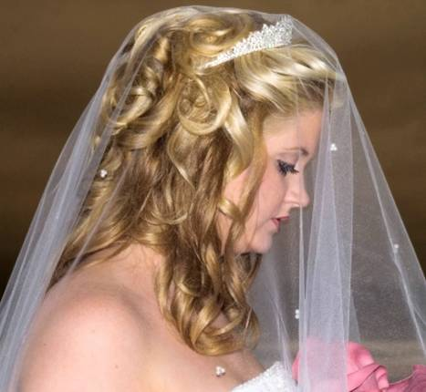 Half-Up Wedding Hairstyles for Long Hair with Veil