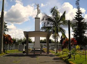 CEMENTERIO QUIMBAYA