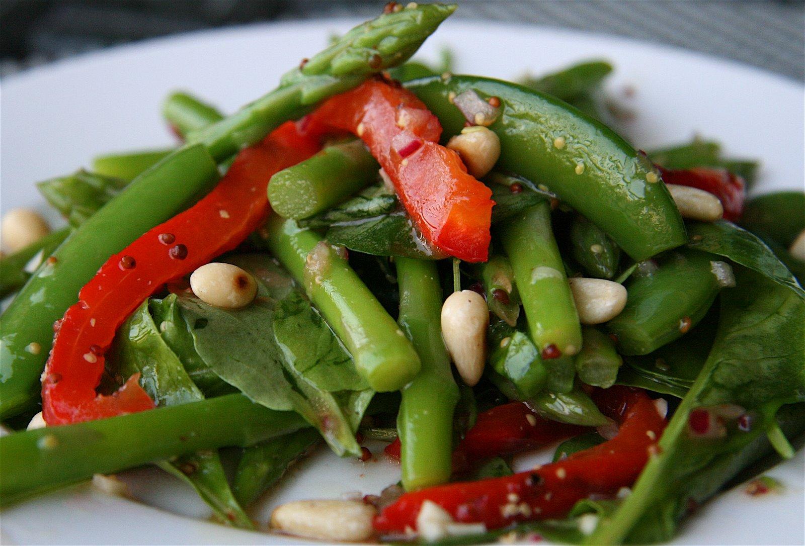 Салат из свежей спаржи рецепт с