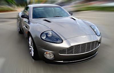 Aston 15 James Bond Aston Martin Vanquish V12 Replica   Based On Ford Mustang Photos