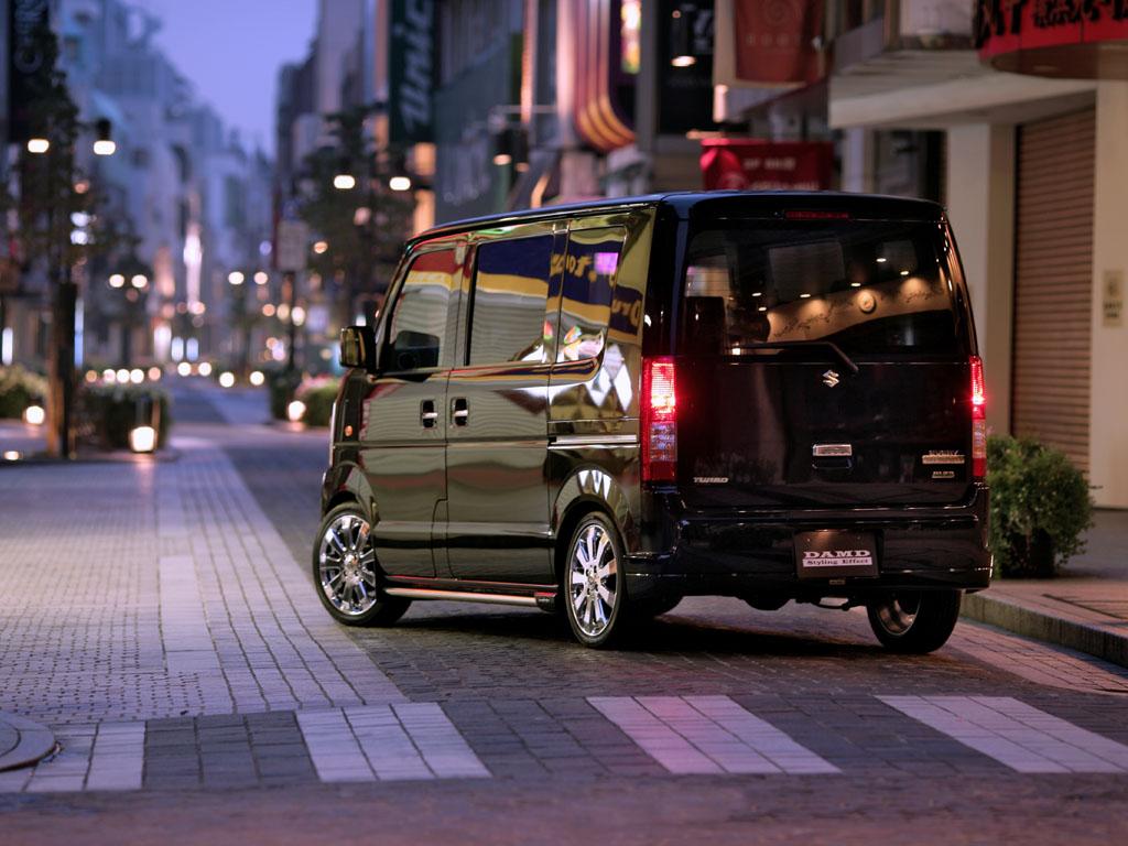 Carscoop DAMD SZ 8 DAMD: Mini Shot Suzuki want's to be an Escalade