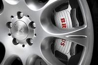 Carscoop BrabusML 6 Brabus Mercedes ML 63 Widestar