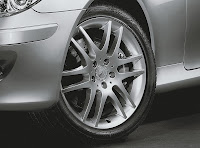 Carscoop CLK SE 13 Mercedes Benz CLK Coupe & Cabriolet Sport Edition